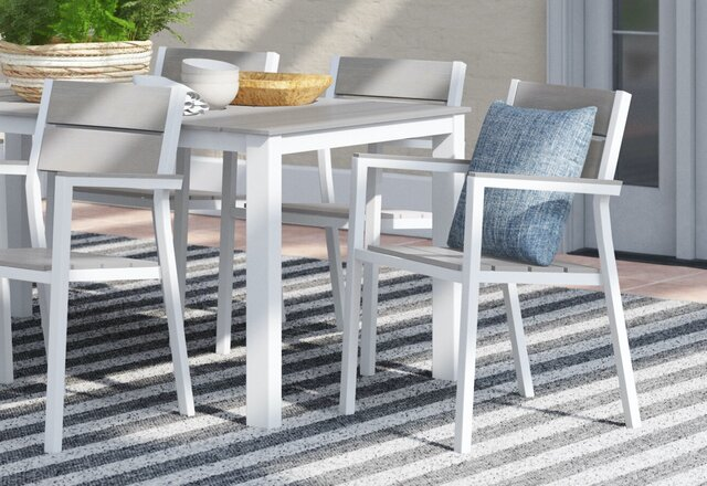 Top Picks: Outdoor Dining Sets