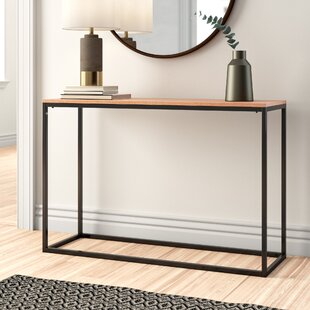 Review Julius Console Table