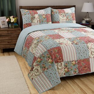Roseman Alaina Patchwork Reversible Quilt Set by August Grove