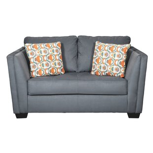Reder Loveseat