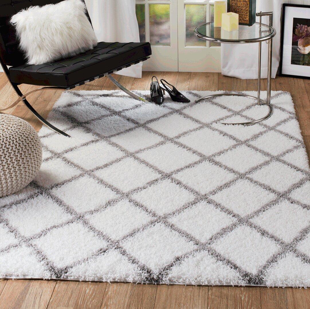 Tapis Long Poil Blanc tapis à longs poils blanc / gris à motif de losange quarterman