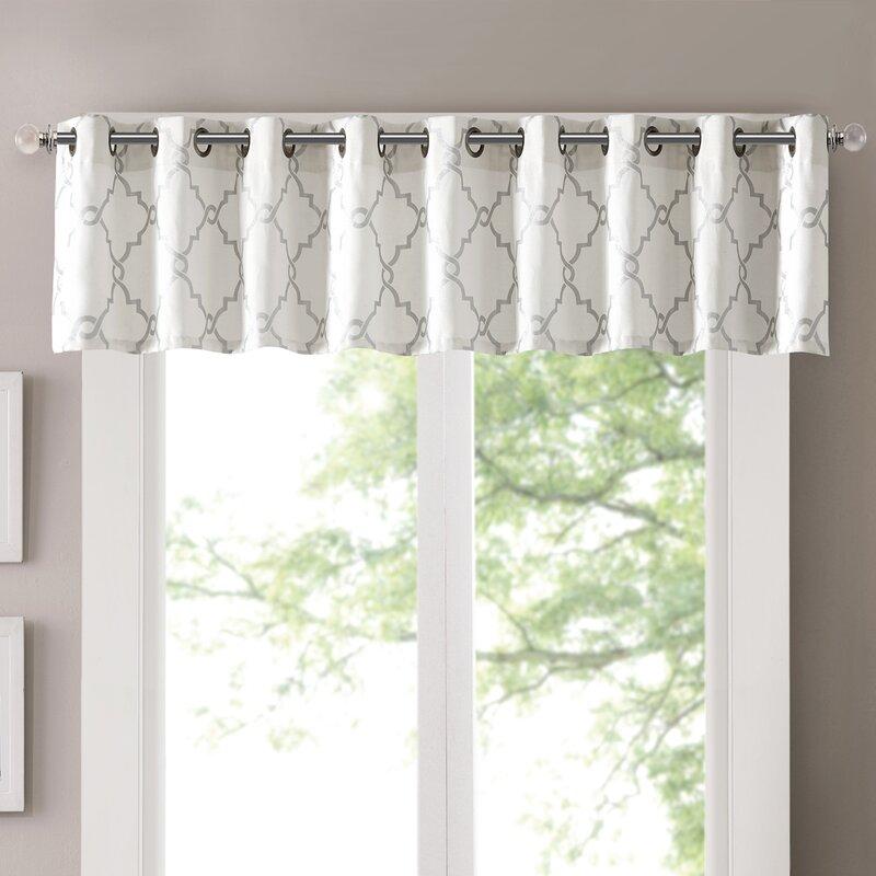 Winnie Trellis Grommet Curtain Valance