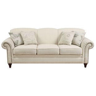 Downham Traditional Sofa by House of Hampton