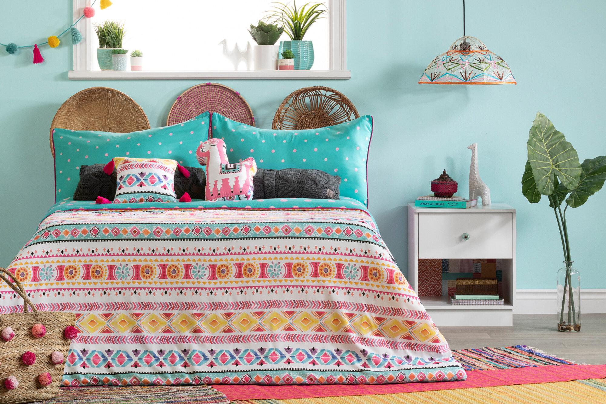 Mack Milo Abagail Kids Festive Llama Reversible Comforter Set Wayfair Ca