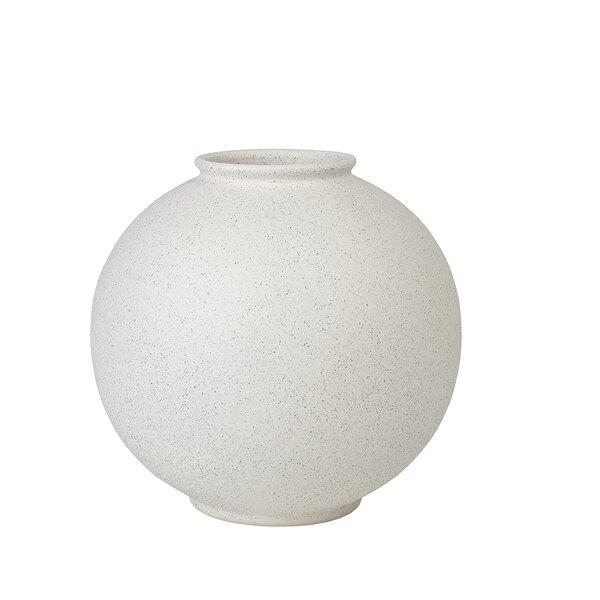 https://secure.img1-fg.wfcdn.com/im/32094837/resize-h600-w600%5Ecompr-r85/9207/92077957/Rudea+Ceramic+Table+Vase.jpg