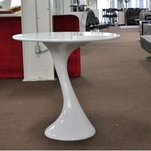 Wade Logan Carter Twist Dining Table
