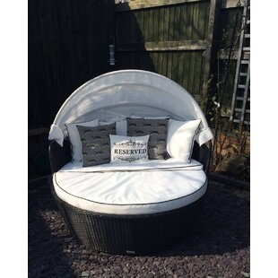 Lillian Garden Daybed With Cushions Image