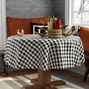 Captivating Turlock Round Checkered Non Woven Backing Kitchen Picnic Tablecloth
