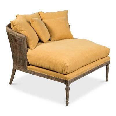Linn Lounge Chair
