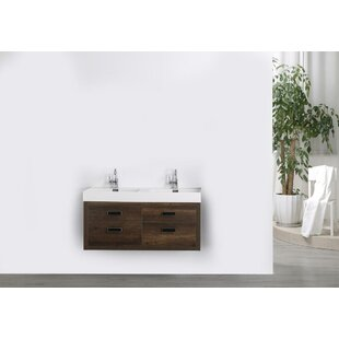Streamline Bath 47