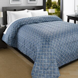 Iconic Printed Lightweight Down Alternative Comforter