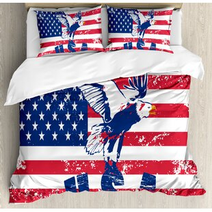 East Urban Home Looking American National Flag with Eagle and USA Artistic Print Duvet Set