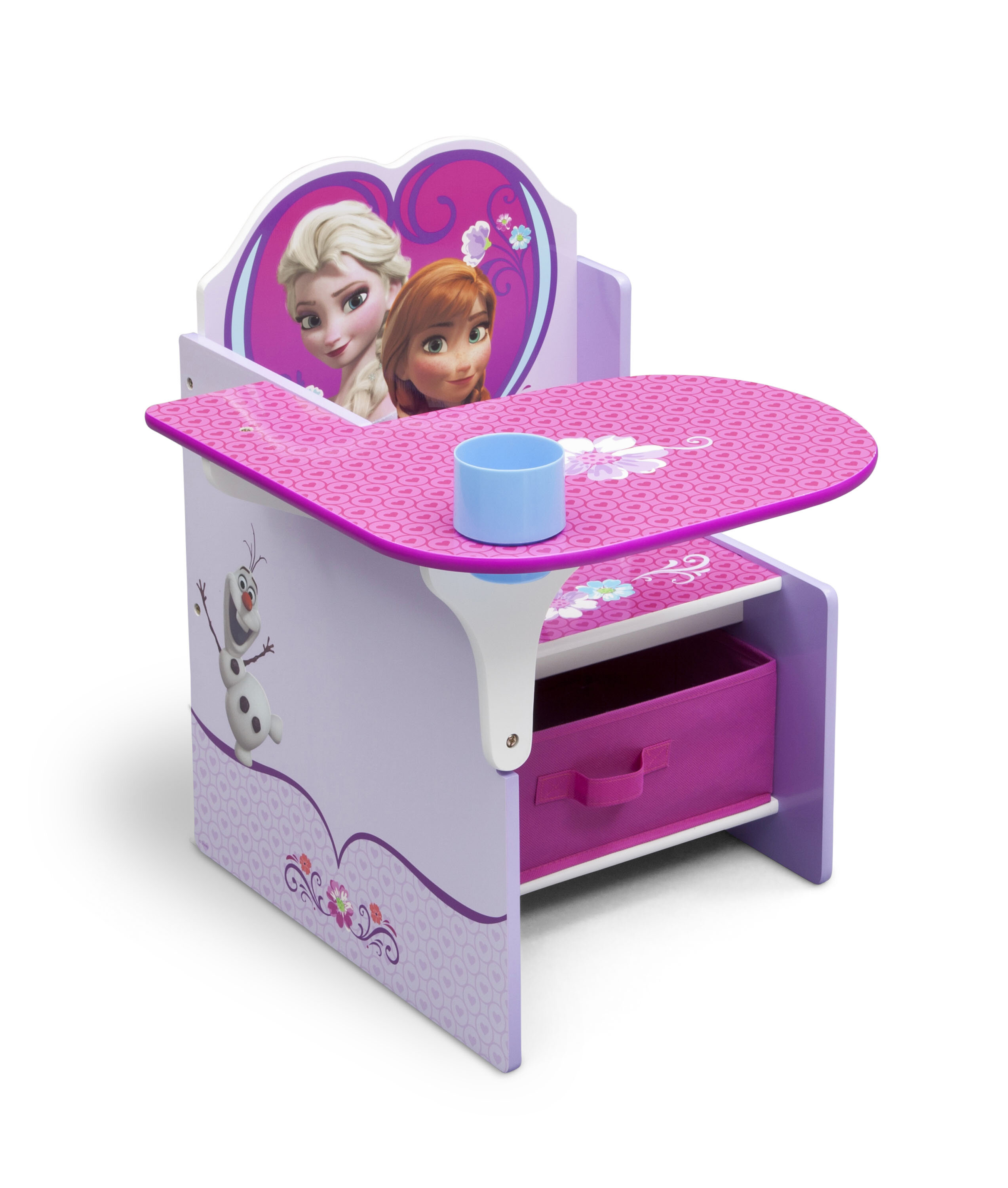 kids watch wooden chairs desk and