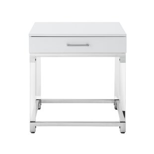 Leeann End Table by Everly Quinn