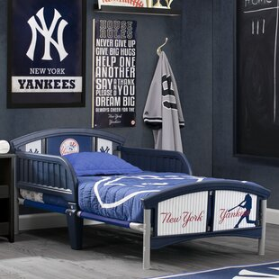 Top Reviews MLB New York Yankees Convertible Toddler Bed by Delta Children Reviews (2019) & Buyer's Guide
