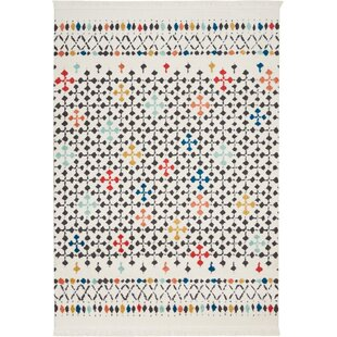 Bargain Penwell White Area Rug By Bungalow Rose