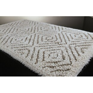 Dileo Cottage Bath Rug