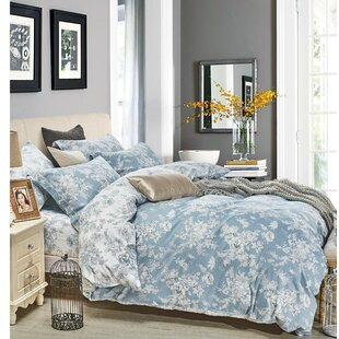 Worthen Reversible Comforter Set