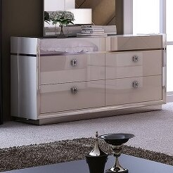 Everly Quinn Whicker 4 Drawer Double Dresser