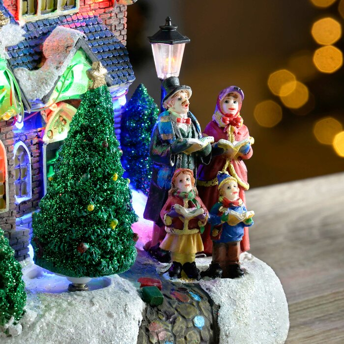 Christmas Carol Singers Ornaments.Standing Scene With Carol Singers Led Lights Decoration