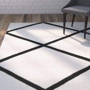 Affordable Wilkin Hand-Tufted Wool Ivory/Black Area Rug By Wrought Studio
