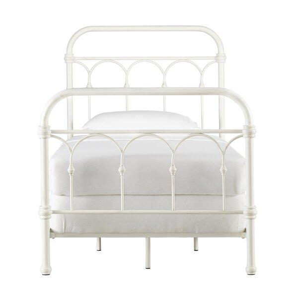 Three Posts Copake Bed Full  Item# 6903
