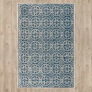Palmer Hand-Tufted/Hand-Hooked Navy Area Rug by Safavieh