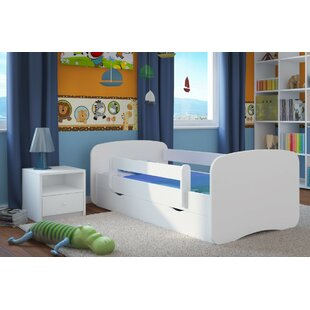 Review Caswell Bedroom Set