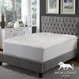 Mink 3 Down alternative Mattress Pad By MGM GRAND at home