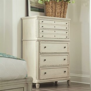 Beachcrest Home Tala 5 Drawer Chest