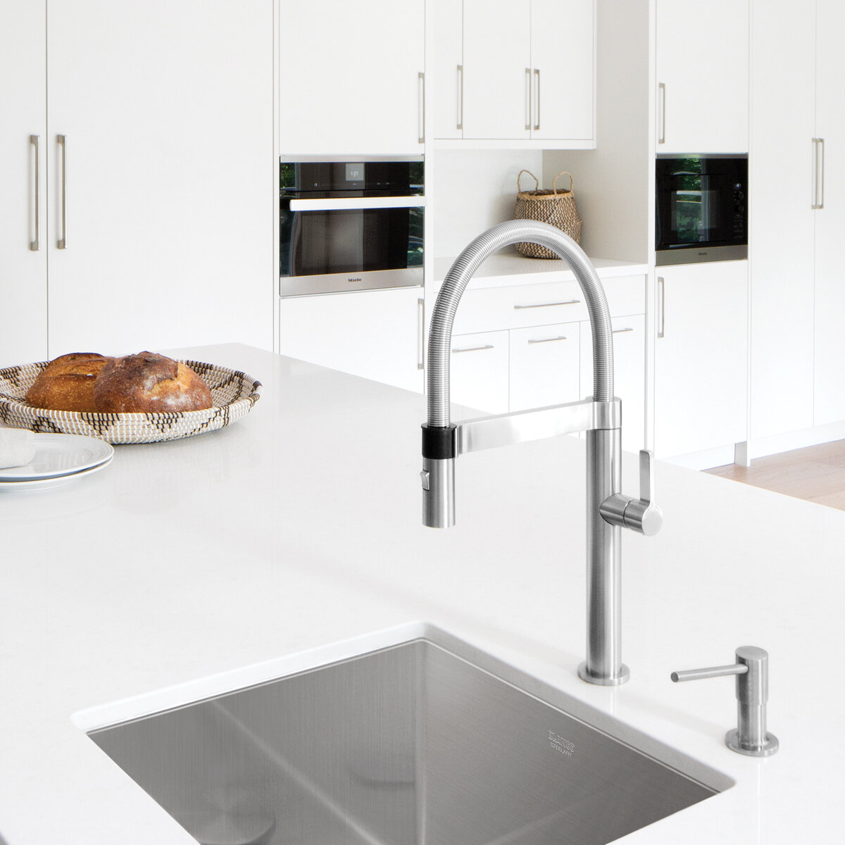 Blanco Culina Mini Semi Pro Pull Down Single Handle Kitchen Faucet With Magnetic Docking Reviews Wayfair