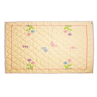 Win Green Butterfly Cottage Floor Quilt