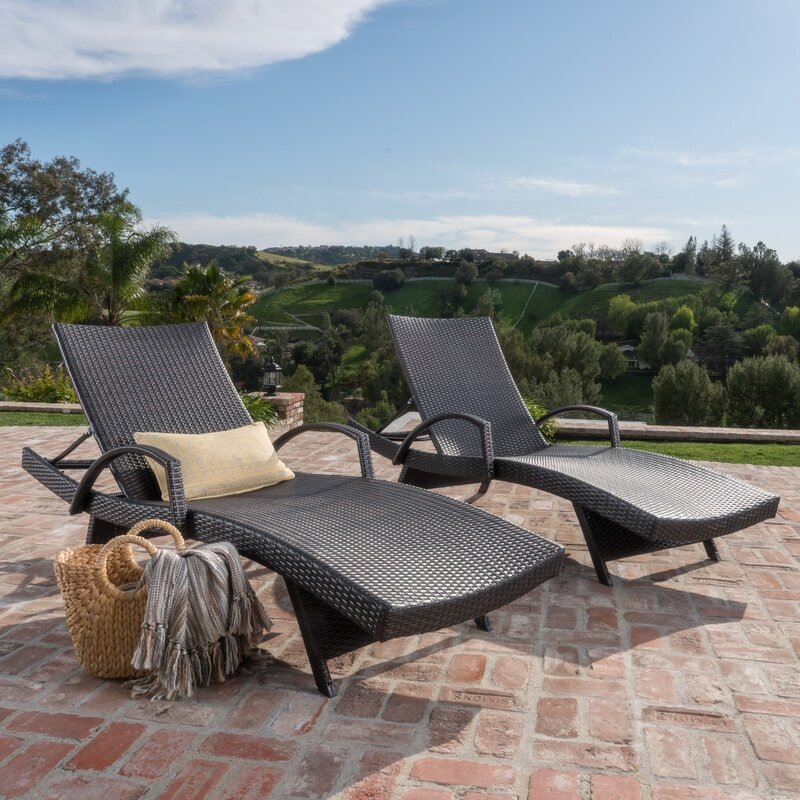 If Youu0027re Looking For A Traditional But Stylish And Affordable Lounge Chair,  You May Want To Consider This Wicker Chaise Lounge From Darby Home Co.