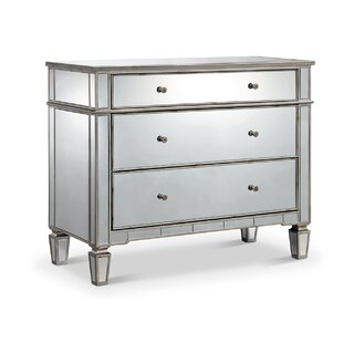 Drubin 3 Drawers Dresser