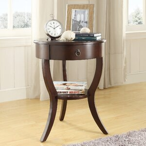Beekman End Table With Storage�