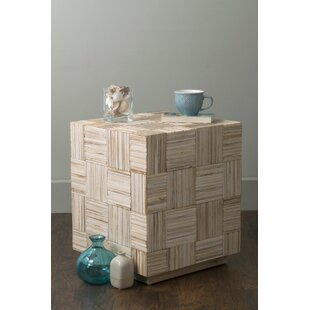 Alexandria End Table by Ro..
