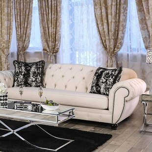 Londono Chesterfield Sofa