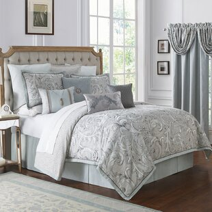 Farrah 4 Piece Reversible Comforter Set
