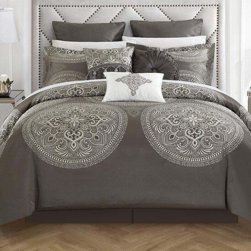Darby Home Co Carmichaels 13 Piece Comforter Set