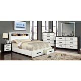Bradenville Queen Bed With 2 Night Stands, Dresser And Mirror Set by Latitude Run