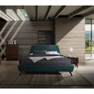 Drumnacole Platform Configurable Bedroom Set