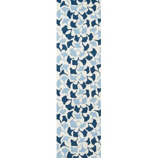 Morais Howards End Hand-Hooked Blue Indoor/Outdoor Area Rug by Latitude Run