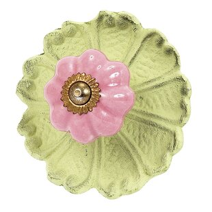 Posey Flower Novelty Knob