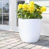 Bankston Fibreglass Pot Planter
