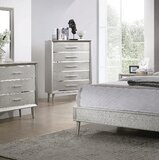 Plumlee 5 Drawer Chest by Everly Quinn