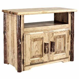 Glacier Country Kitchen Island