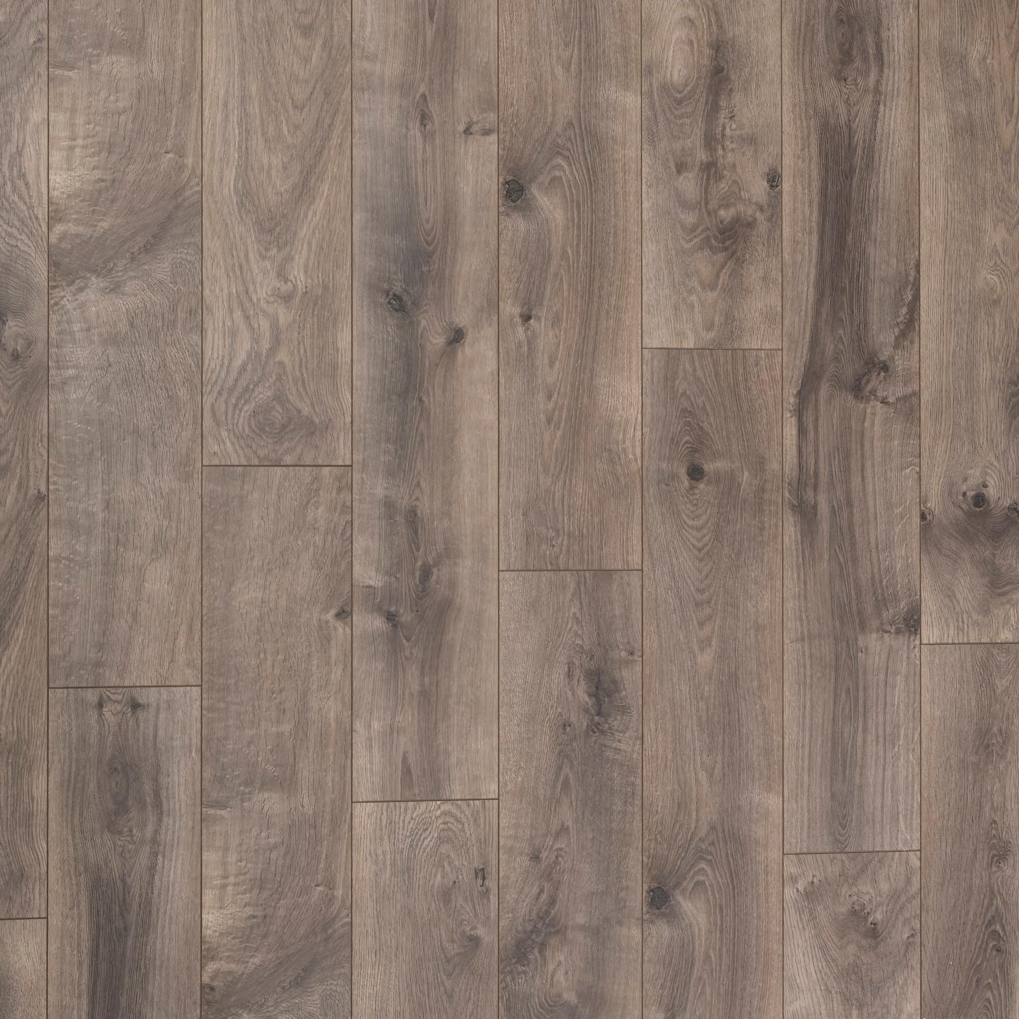 8mm Oak Laminate Flooring
