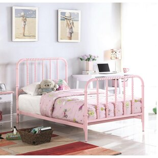 Kornegay Platform Bed by Zoomie Kids