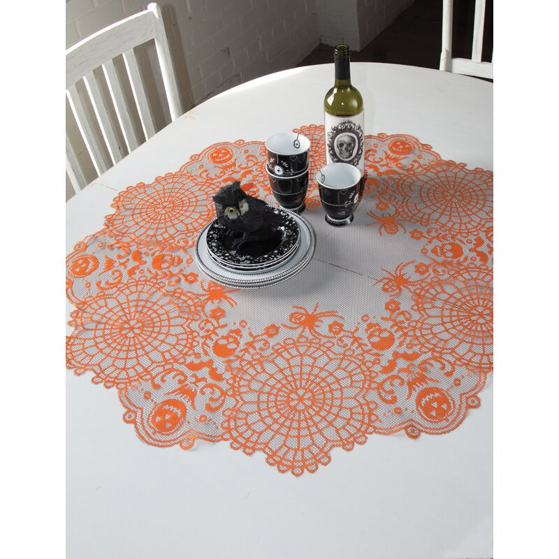 Exceptionnel Frightful Round Table Topper