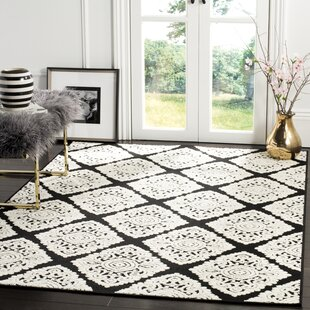 Mannox Black Cream Indoor Outdoor Area Rug